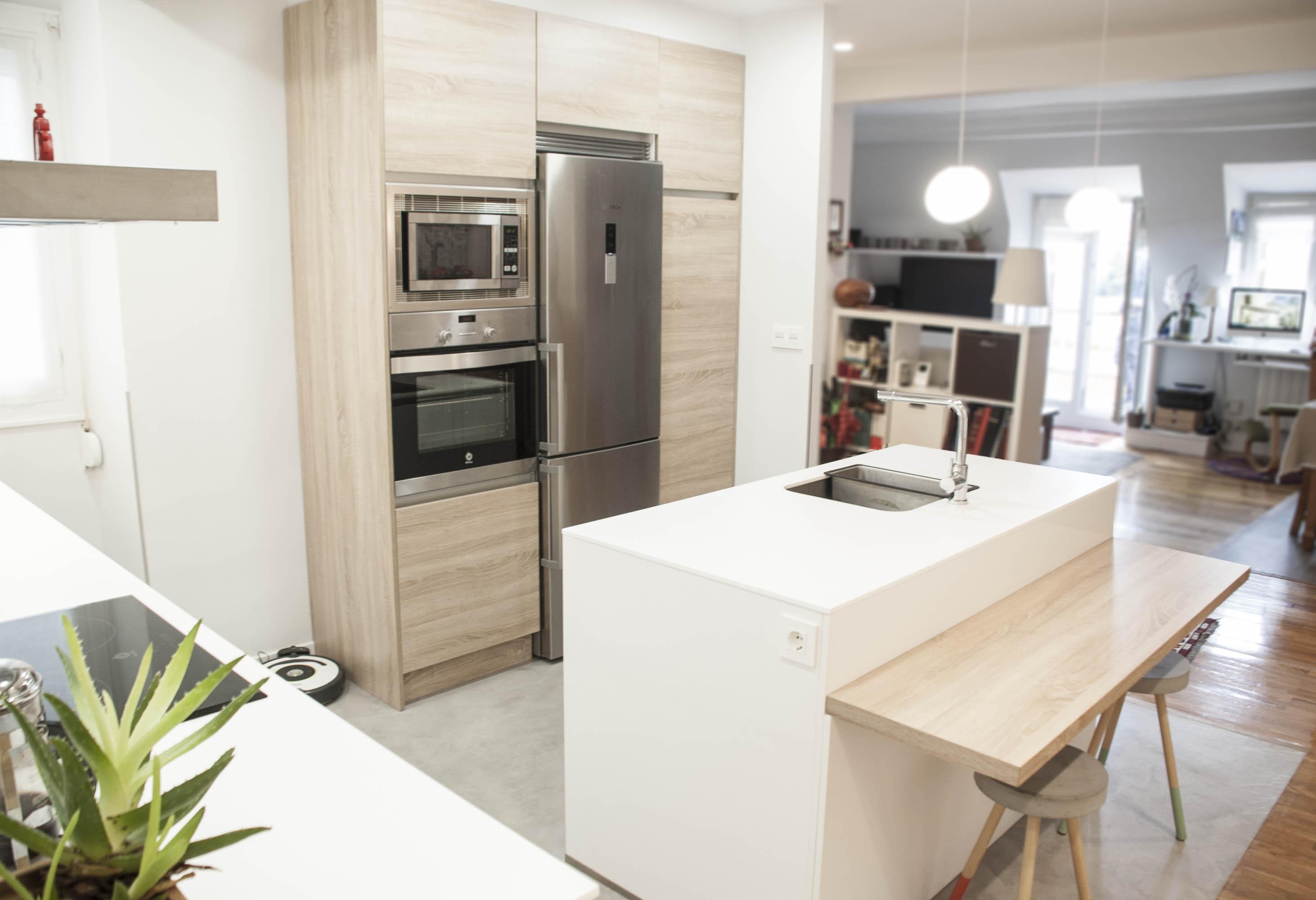 Muebles De Cocina Color Blanco Perfect Cocina Con Alacenas En  # Muebles Color Moka